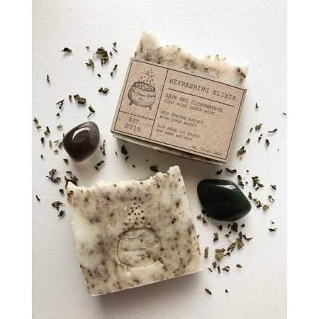 Sapone artigianale Refreshing Elixir con olio essenziale e foglie di  menta piperita - The Nature Witch Shop