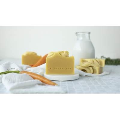 Sapone Naturale Creamy Carrot per pelli secche, mature, sensibili | Almara Soap