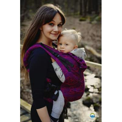 Ergonomic Carrier Toddler Heartbeat | Little Frog
